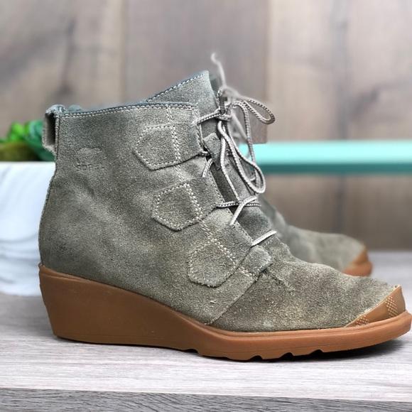 8280cdc456ee Sorel Shoes - Women s SOREL Suede Wedge Sneaker Boots Booties ✨